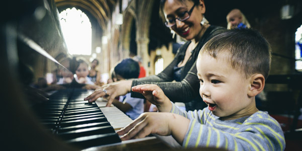 Bach to Baby Muswell Hill  Christmas Concert Hero Image