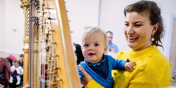 Bach to Baby programme image - Around the World on 47 Strings