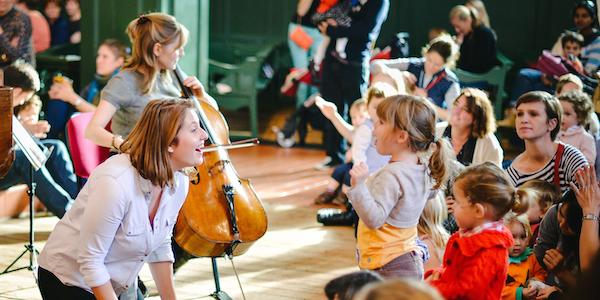 Bach to Baby programme image - Hello Cello!